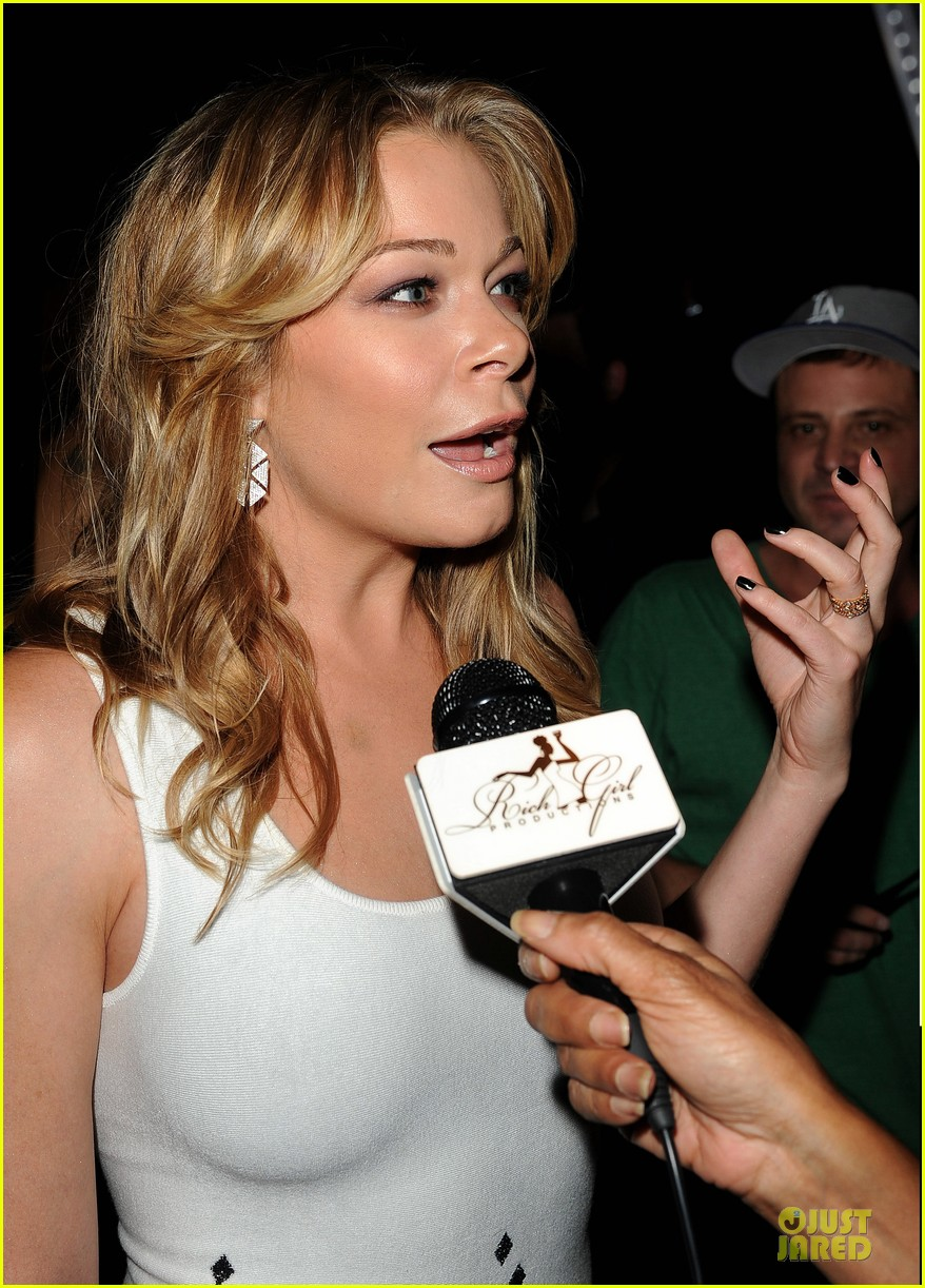 leann rimes friends movement anti bullying concert 07