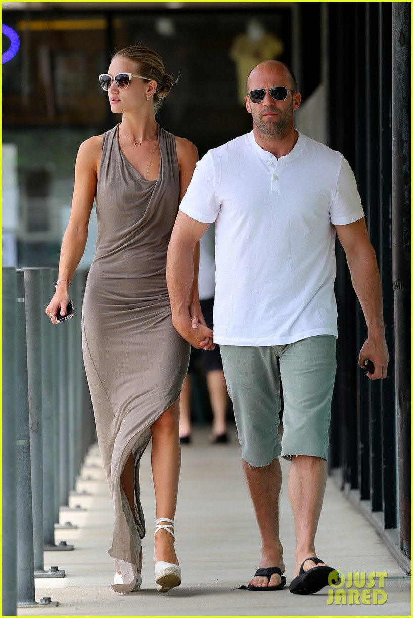 rosie huntington whiteley jason statham lunch lovers 112905025