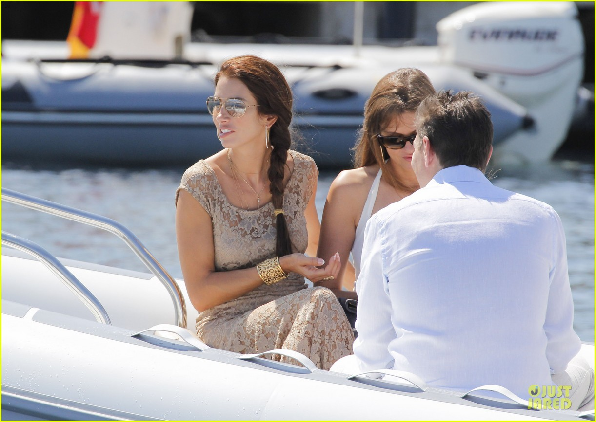 ryan seacrest dominique piek separate boat rides in france 112902838