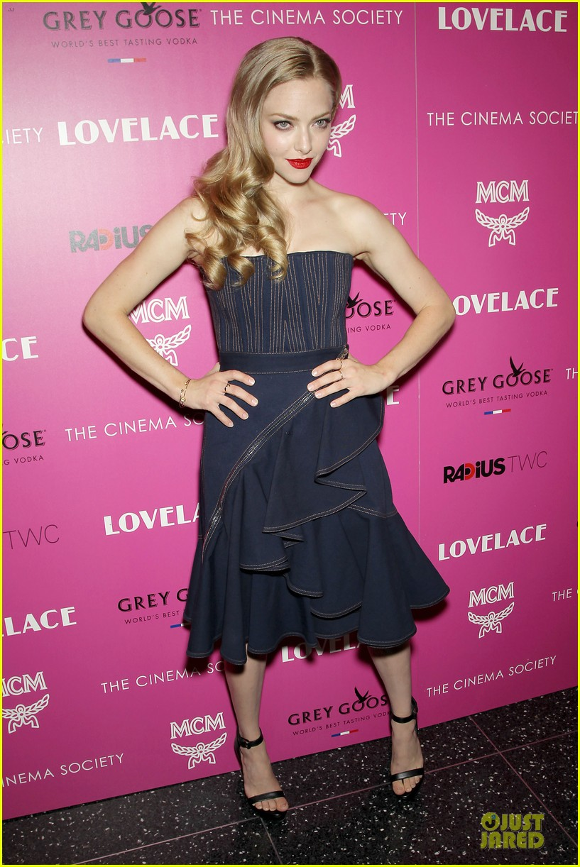 amanda seyfried peter sarsgaard lovelace nyc screening 15