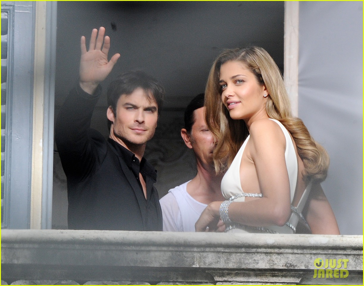 ian somerhalder gets steamy with brazilian model 02