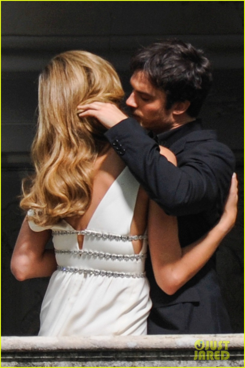ian somerhalder gets steamy with brazilian model 03