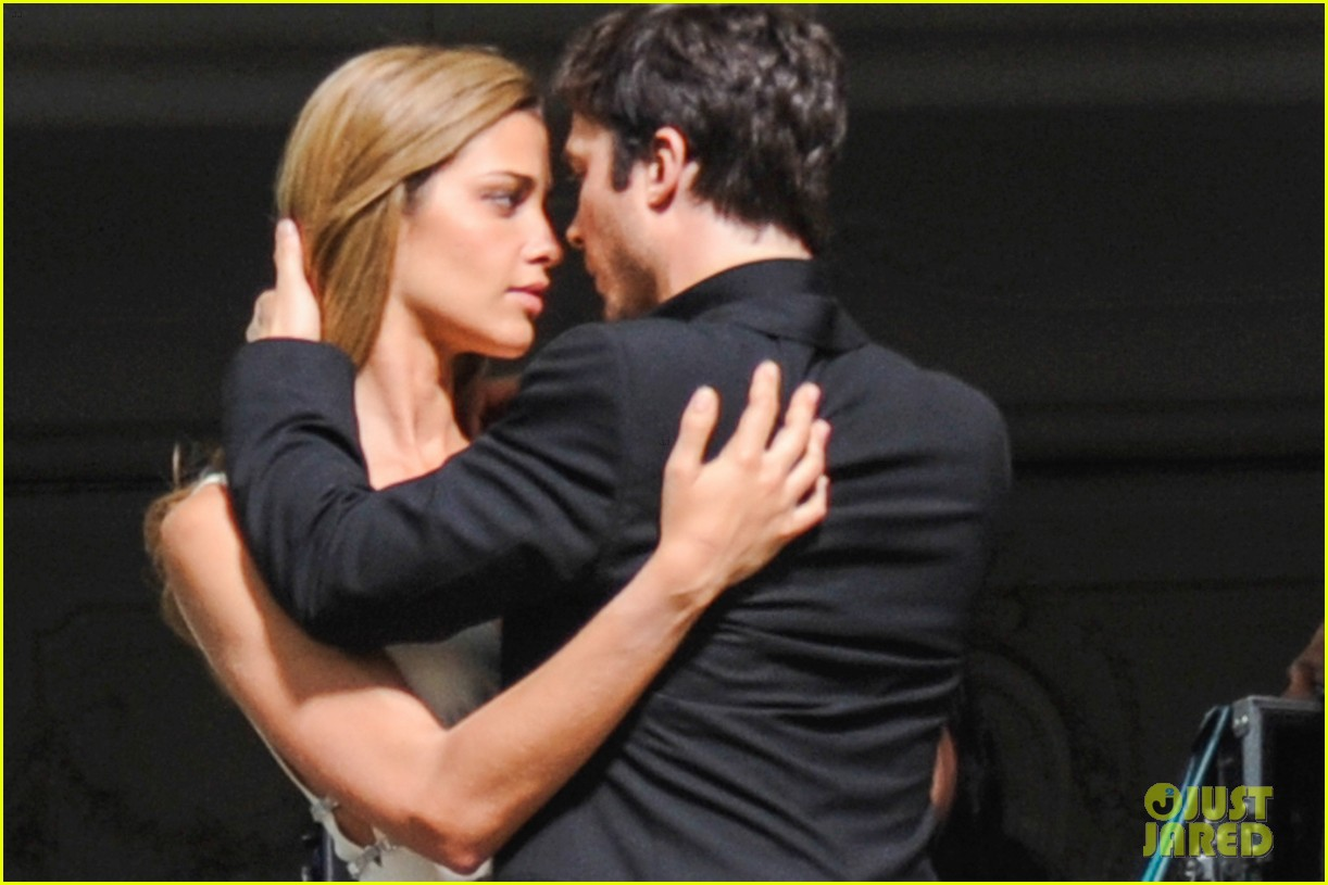 ian somerhalder gets steamy with brazilian model 112903335