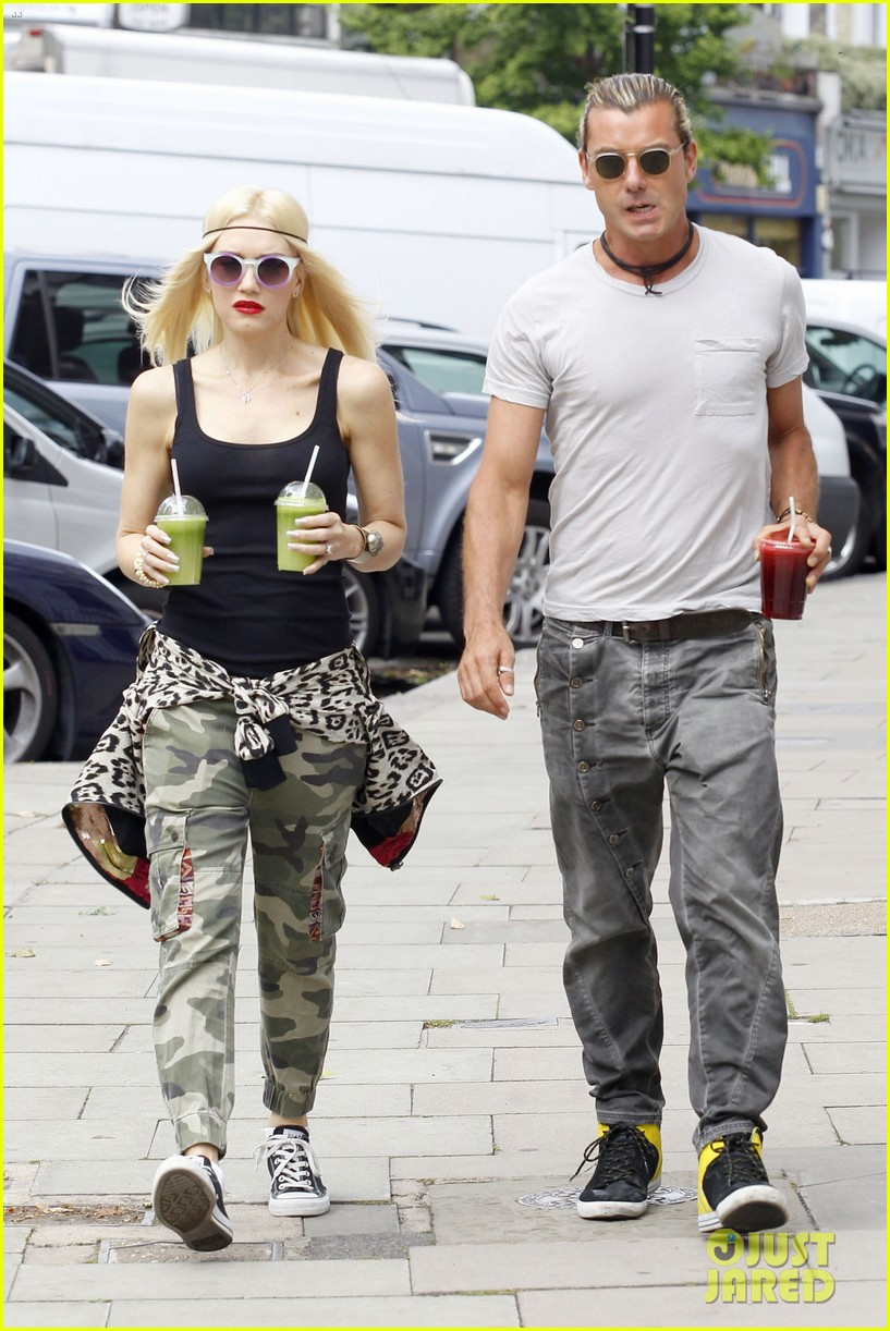 gwen stefani gavin rossdale roam london with the boys 152919436