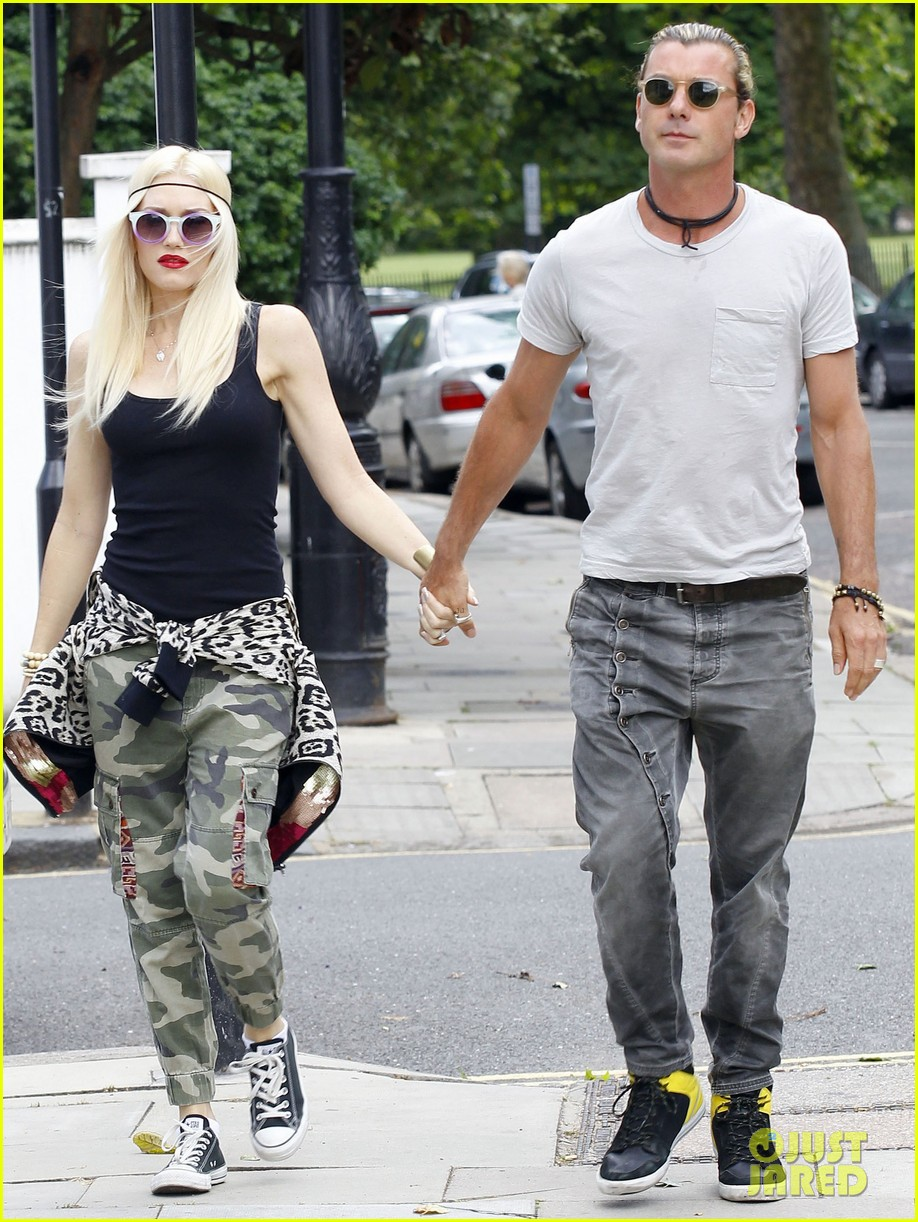 gwen stefani gavin rossdale roam london with the boys 20