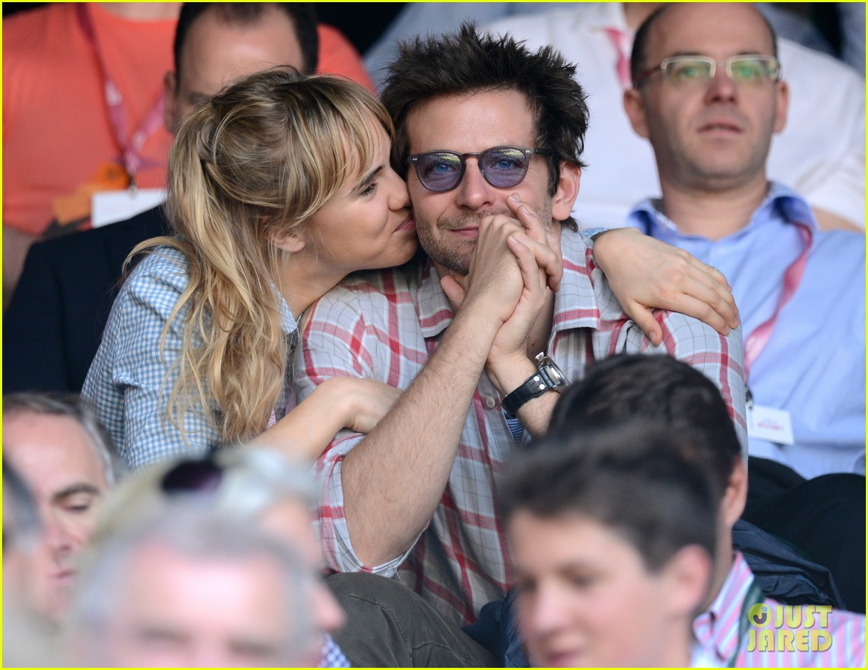 suki waterhouse kisses bradley cooper at wimbledon 01