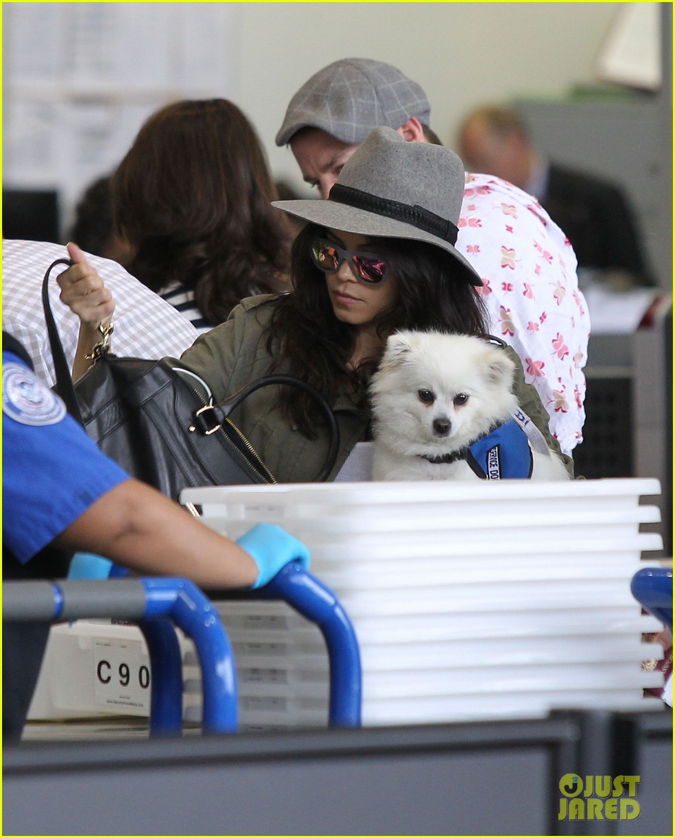 channing tatum jenna dewan tatum lax departure with baby everly 022905531