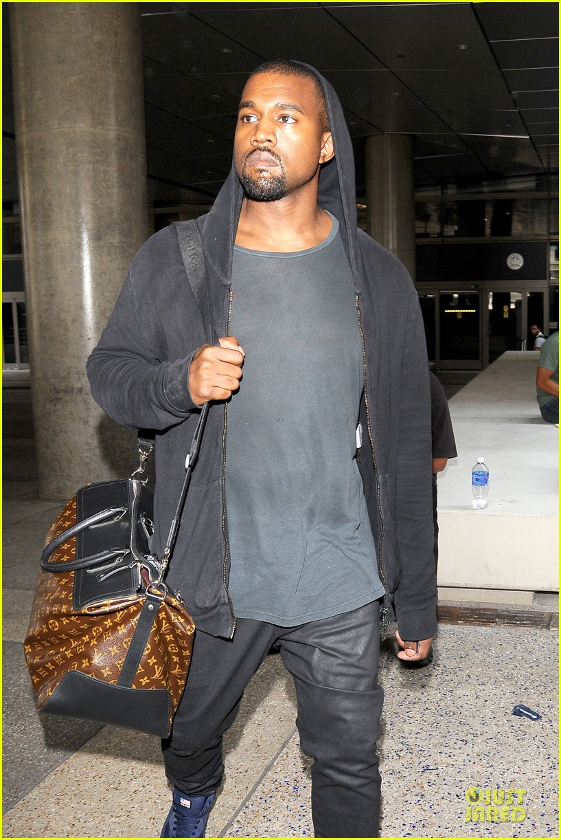 kanye west felony suspect after lax photographer scuffle 08