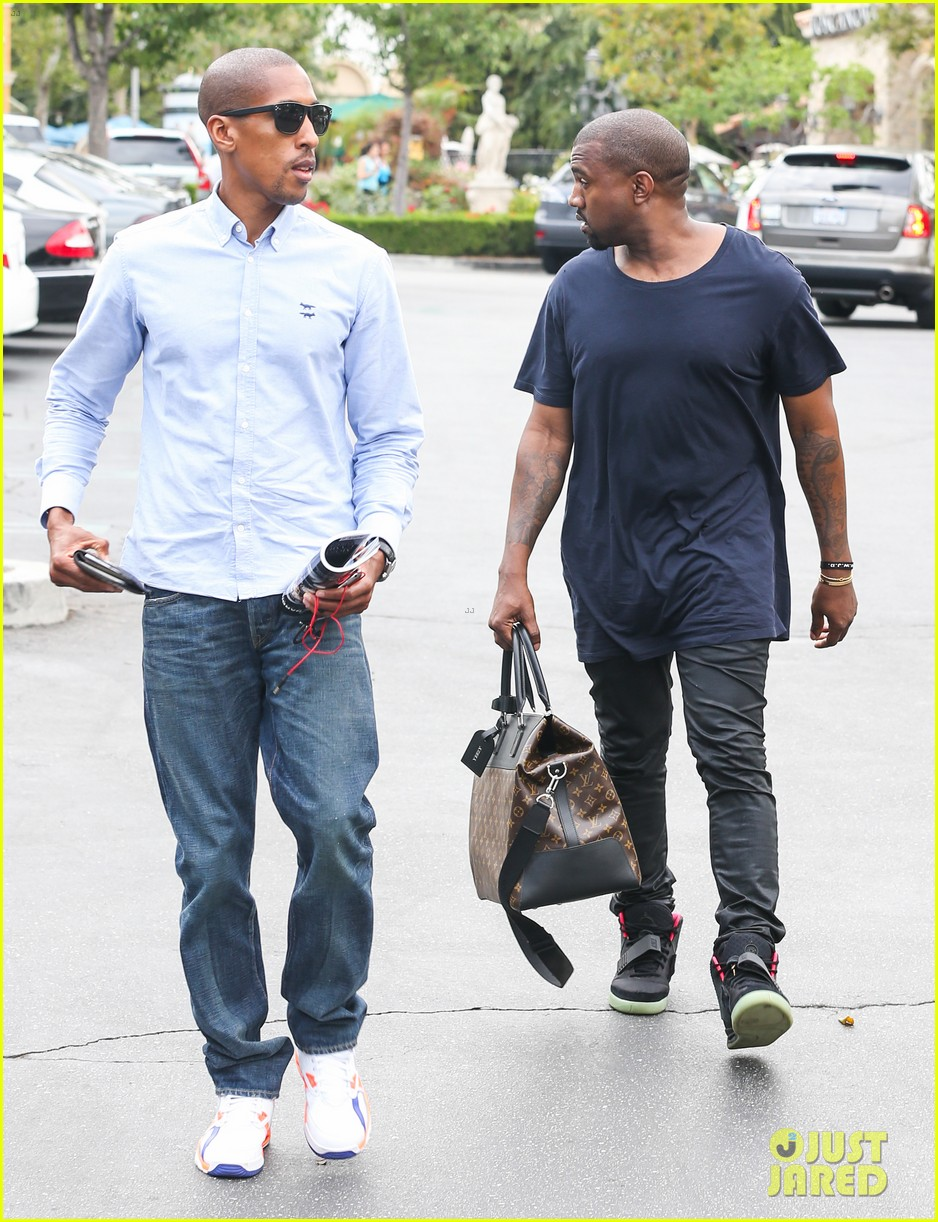 kanye west steps out solo after turning down north photo deal 03