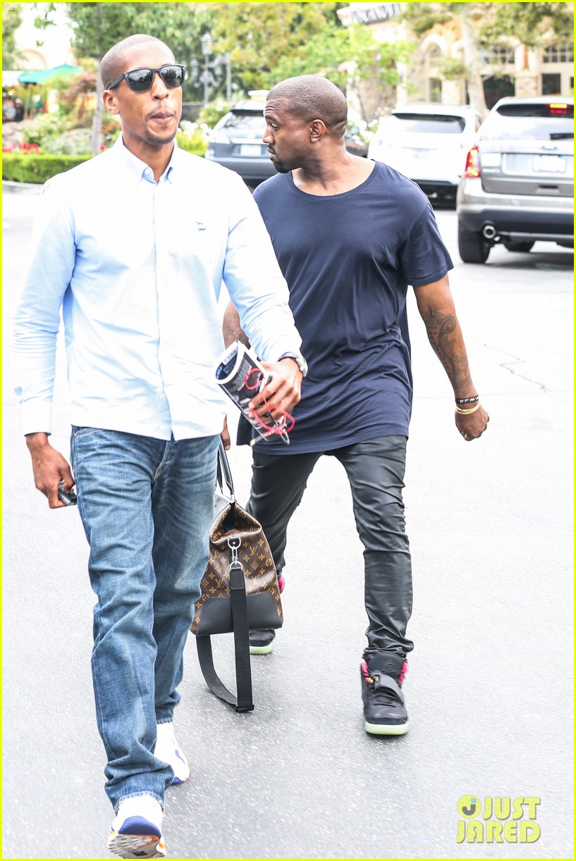 kanye west steps out solo after turning down north photo deal 07