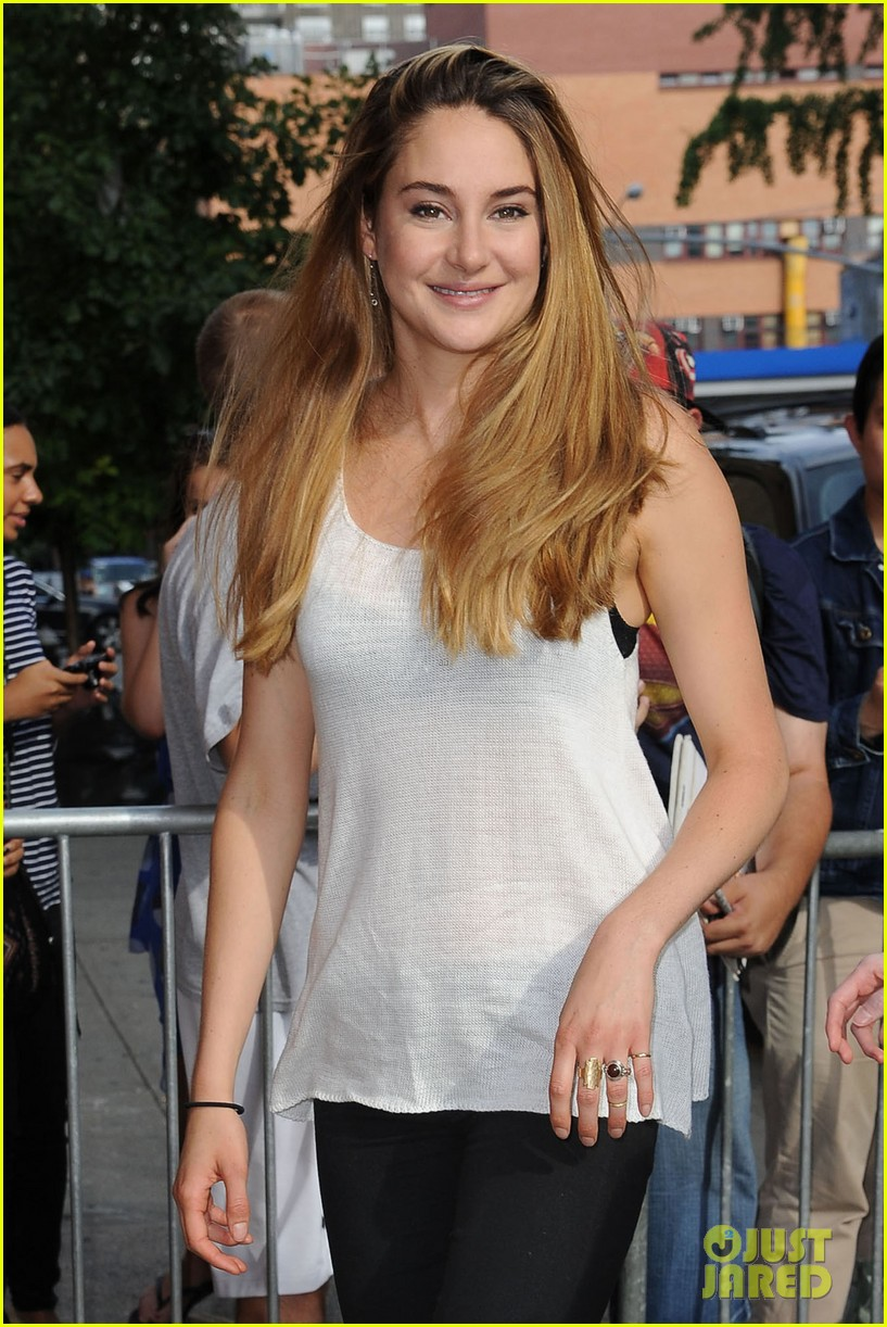 shailene woodley spectacular now promo in new york 13