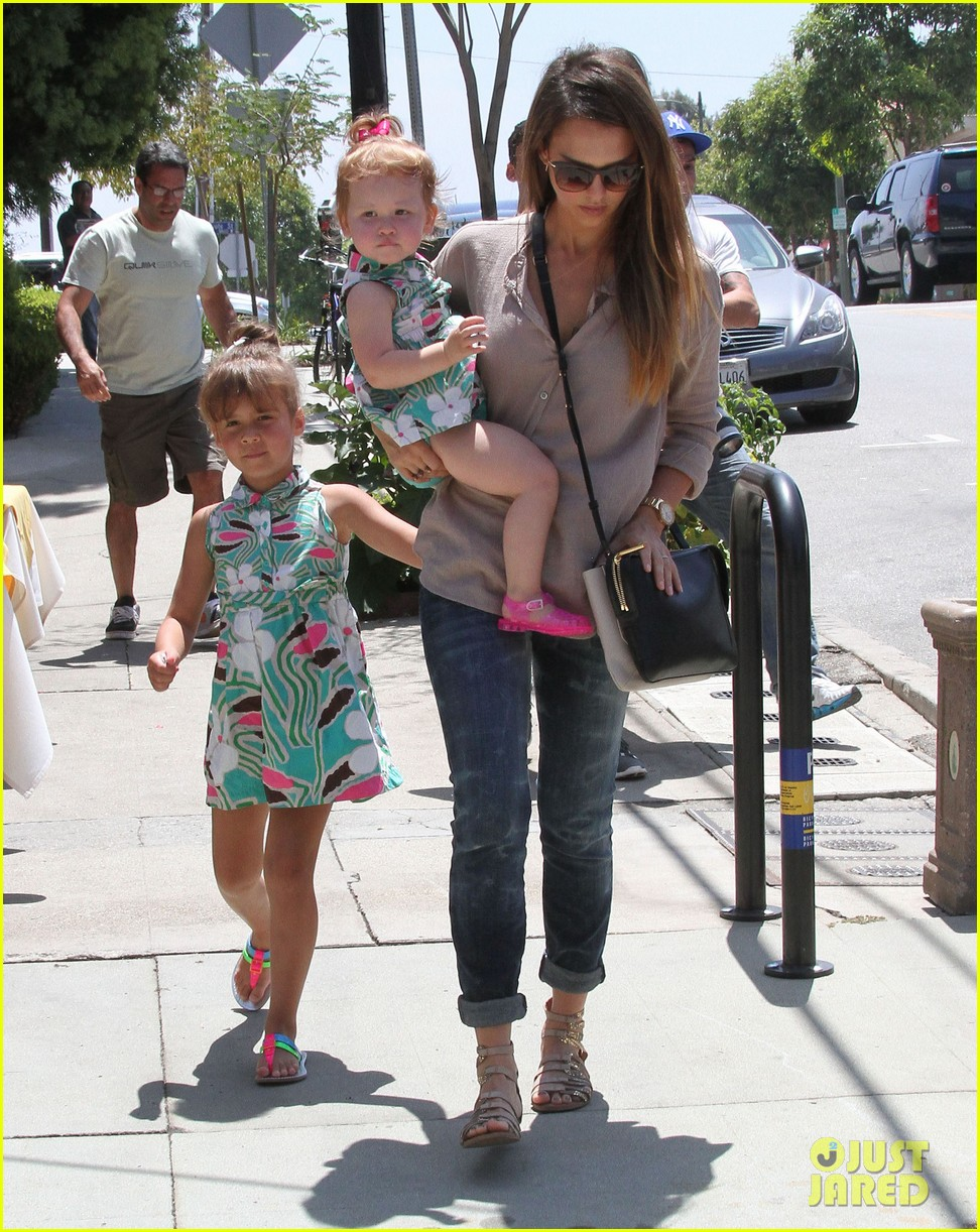 jessica alba honor haven wear matching outfits 142923182