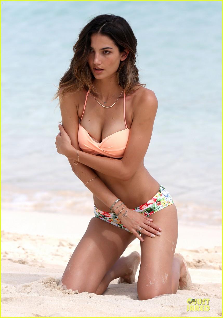 lily aldridge sexy bikini babe in st barts 04