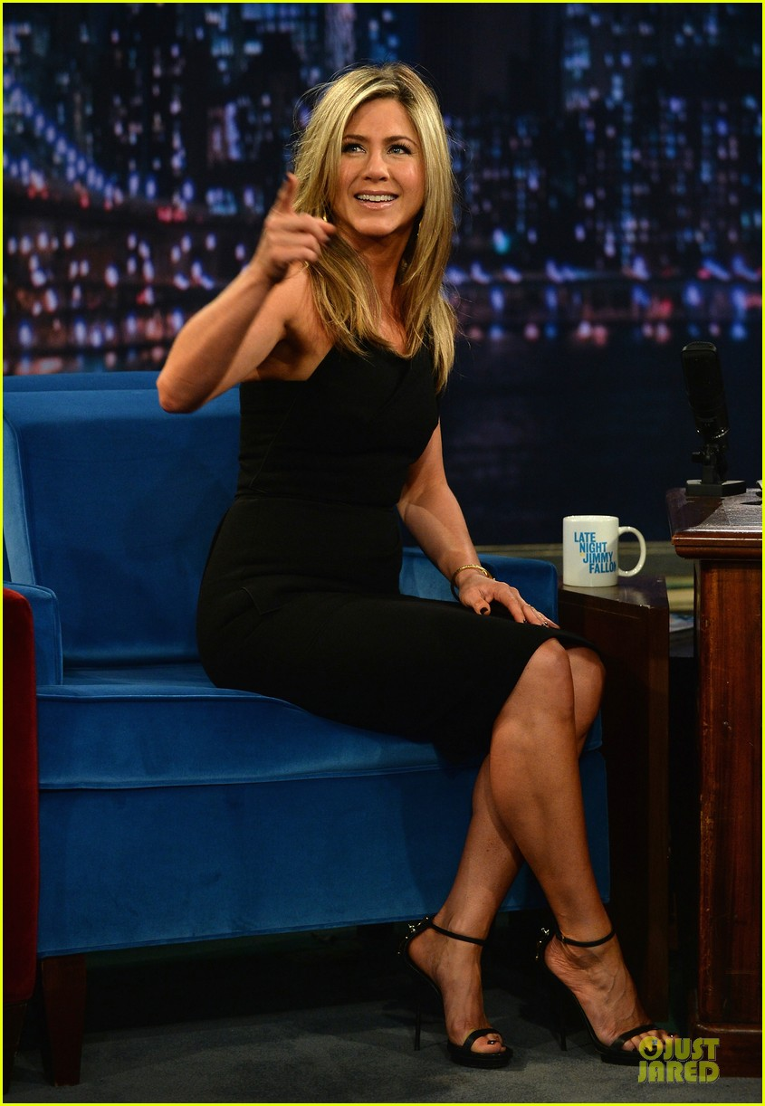 jennifer aniston were the milliers nyc premiere 142921837