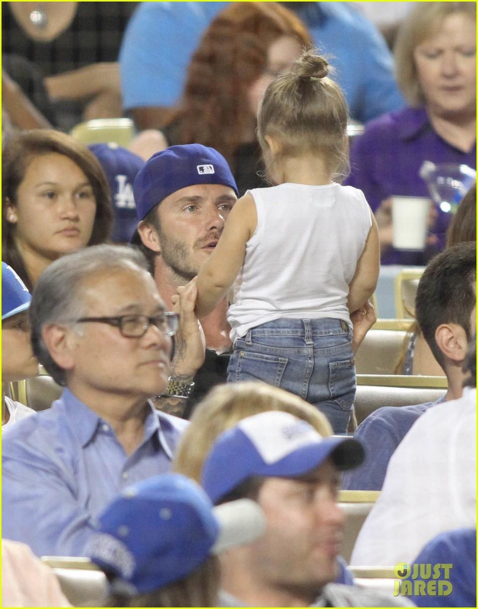 david beckham harper daddy daughter baseball game 10