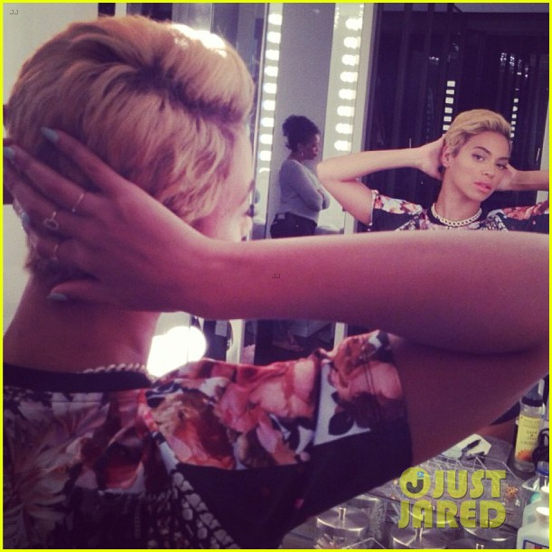 beyonce cuts hair debuts super short blonde look 03