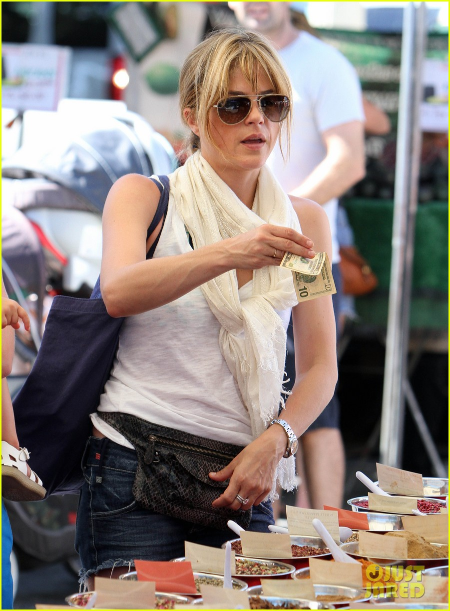 newly blonde selma blair i wish i was a great cook 13