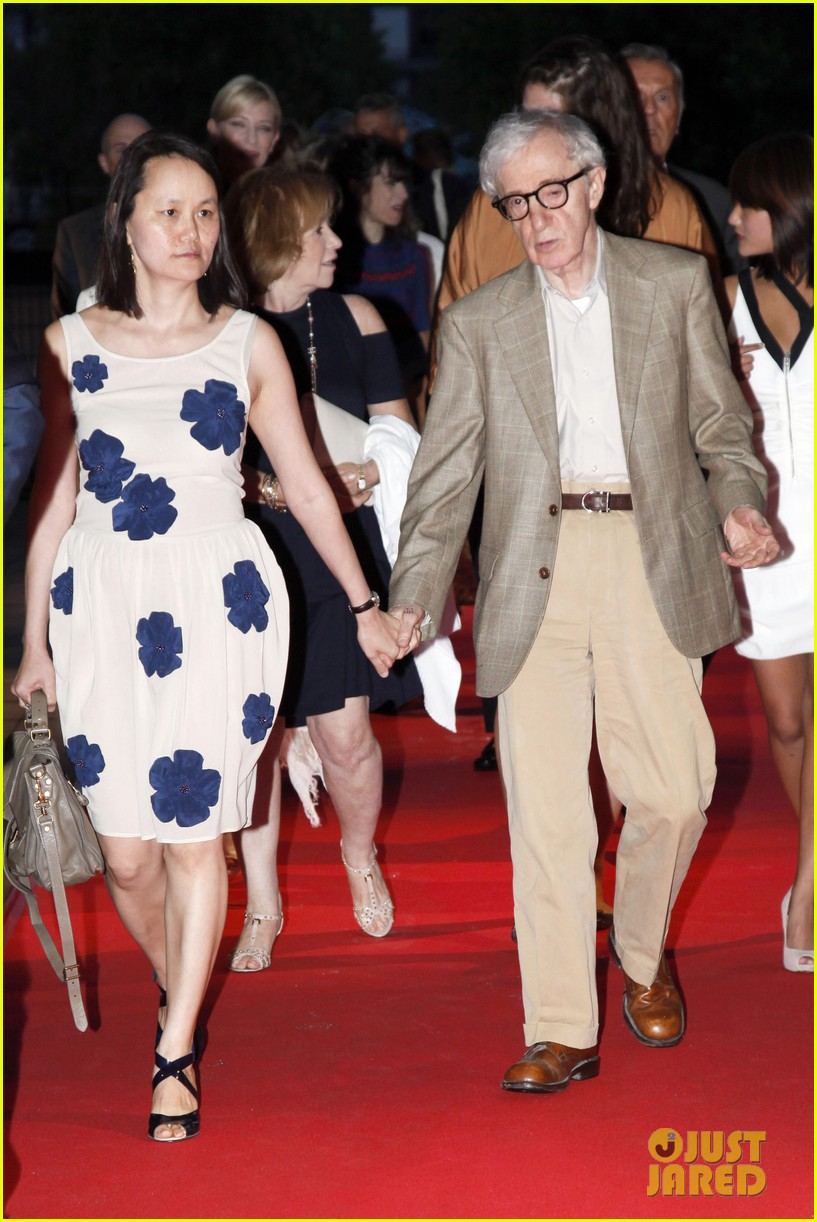 cate blanchett blue jasmine paris premiere with woody allen 042939284