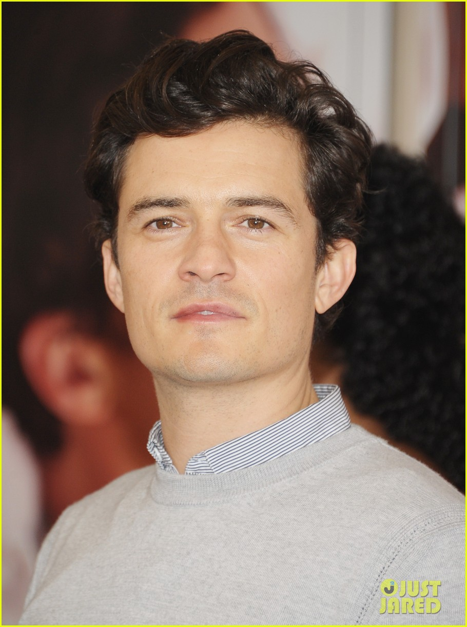 Full Sized Photo of orlando bloom romeo juliet photo call with condola ... Bloom