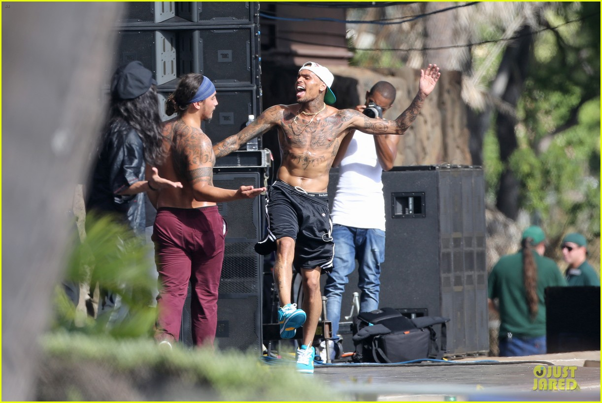 chris brown shirtless for hawaiian rehearsal 112936536