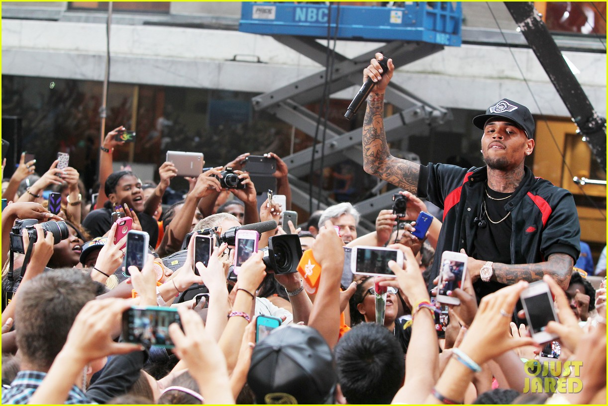 chris browns today show appearance ill keep working for my fans 07