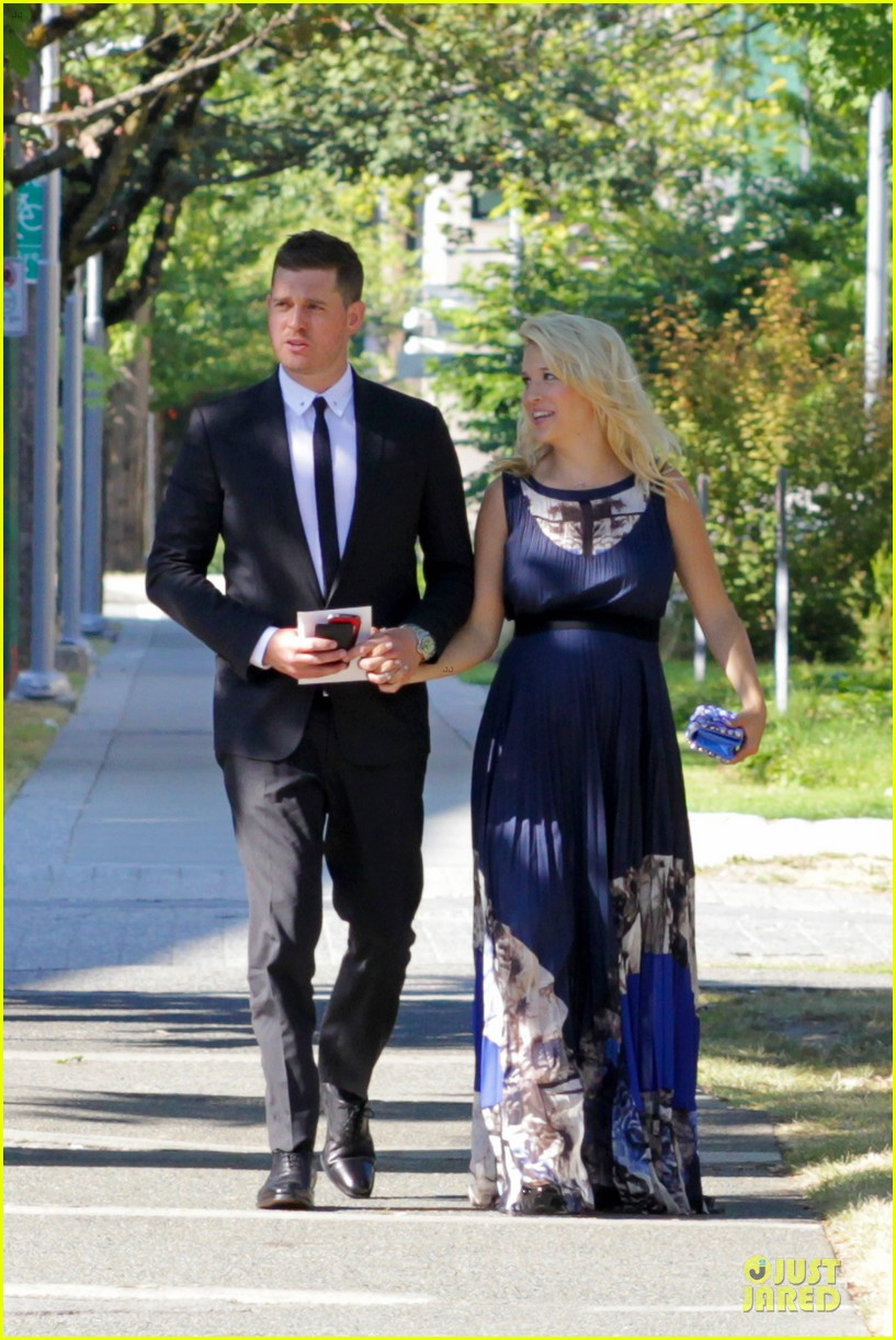 michael buble lusiana lopilato vancouver wedding couple 07