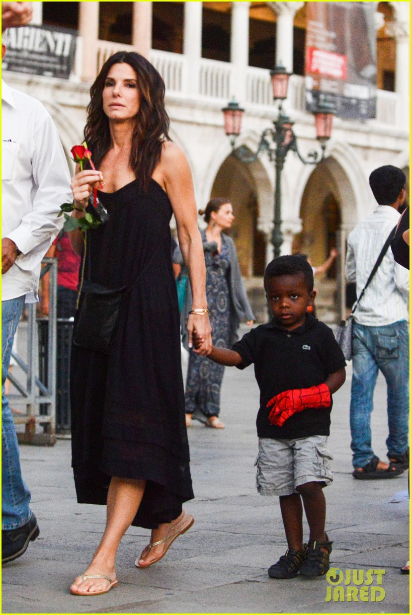 Go Back > Images For > Sandra Bullock Dating 2013