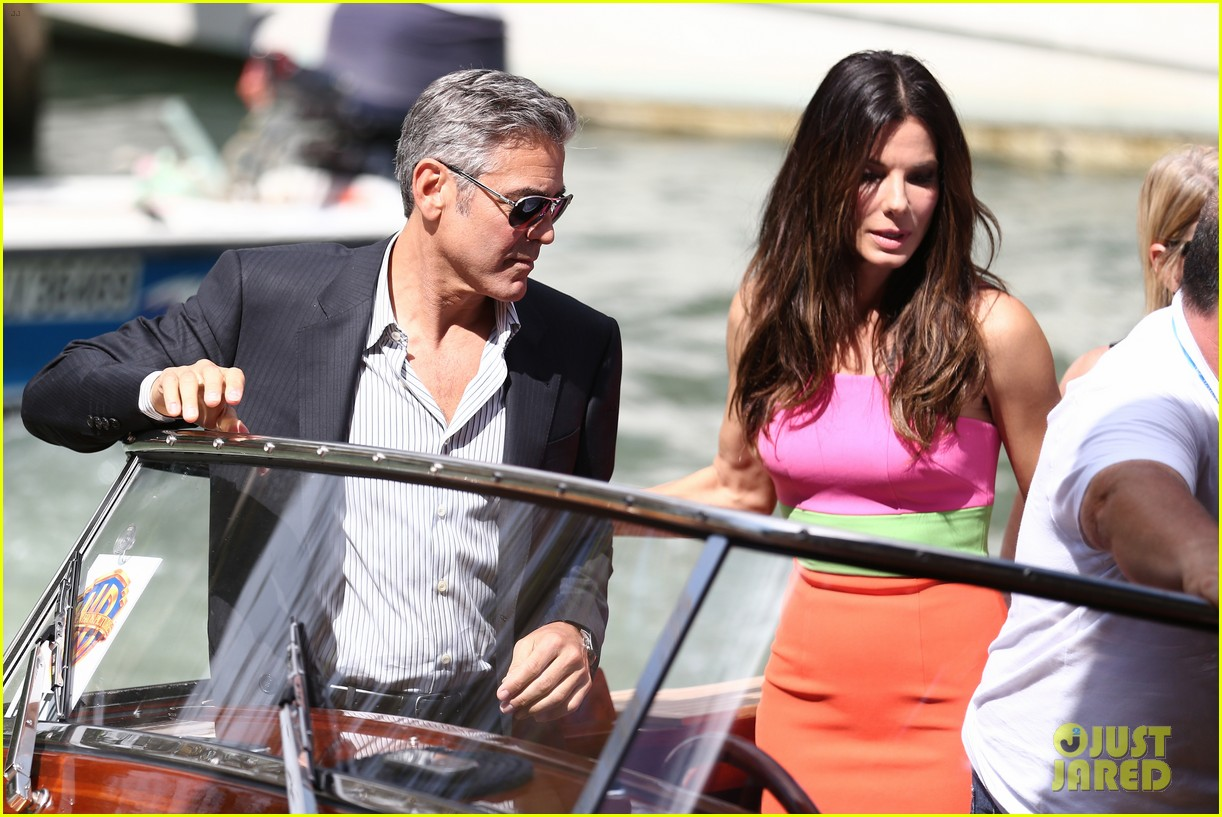 sandra bullock george clooney gravity venice photo call 04