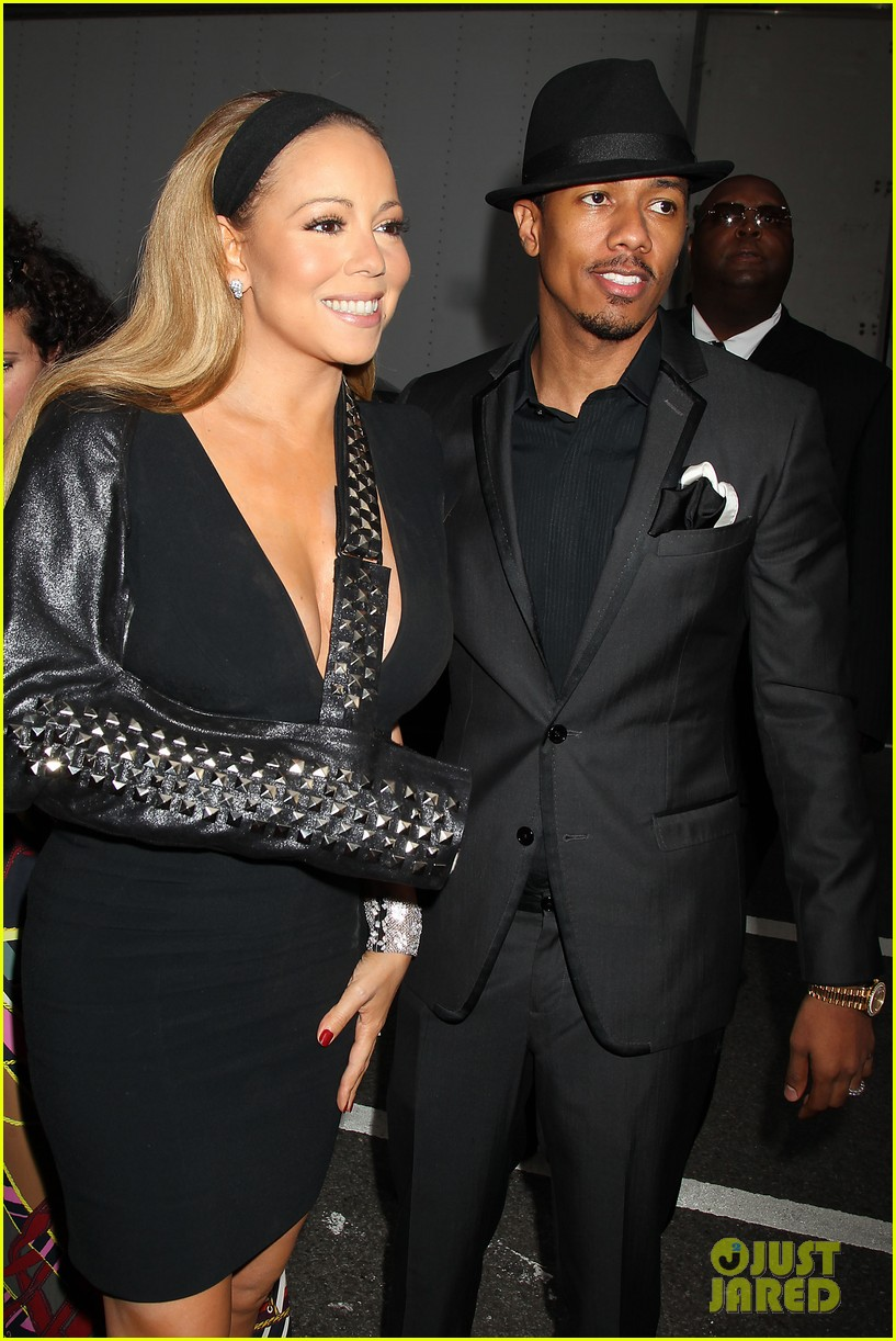 mariah carey wears arm sling to butler new york premiere 042924340