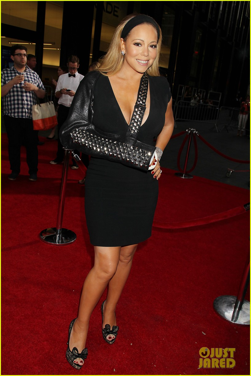 mariah carey wears arm sling to butler new york premiere 06