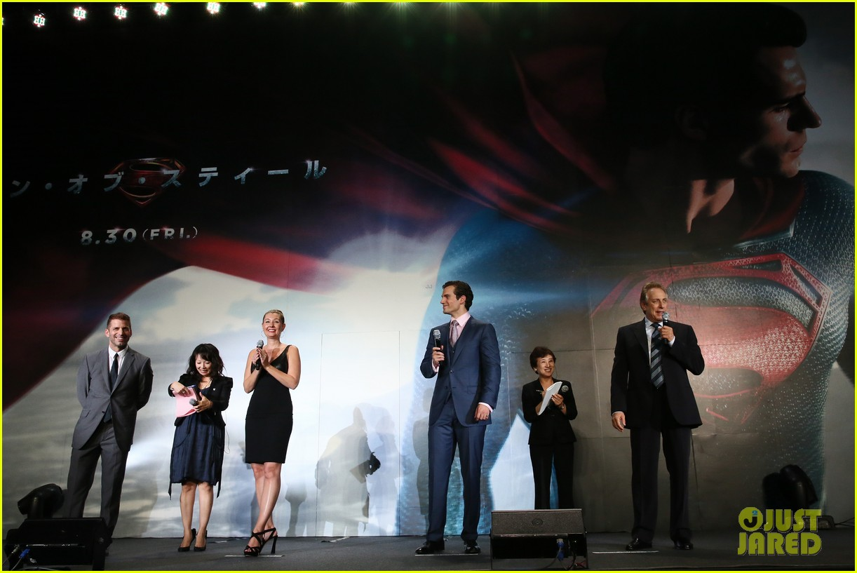 henry cavill man of steel japan premiere 122934652