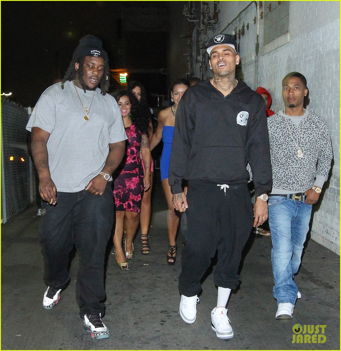 chris brown night out following love more video shoot 092923381