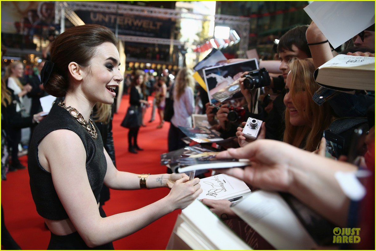 lily collins jamie campbell bower city of bones berlin premiere 192934369