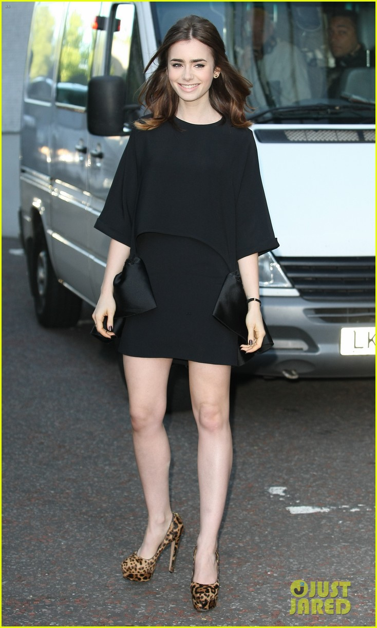 lily collins jamie campbell bower itv studios visit 09