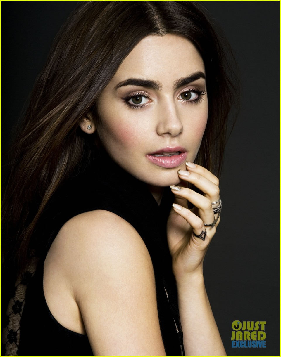 lily collins just jared spotlight of the week exclusive 05