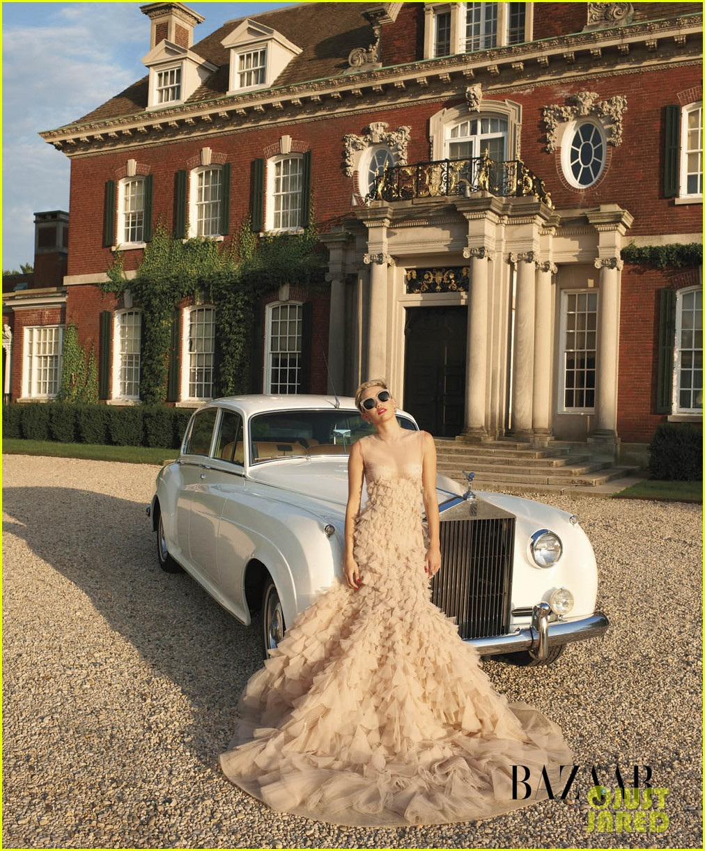 miley cyrus fashion spread for harpers bazaar 012926037