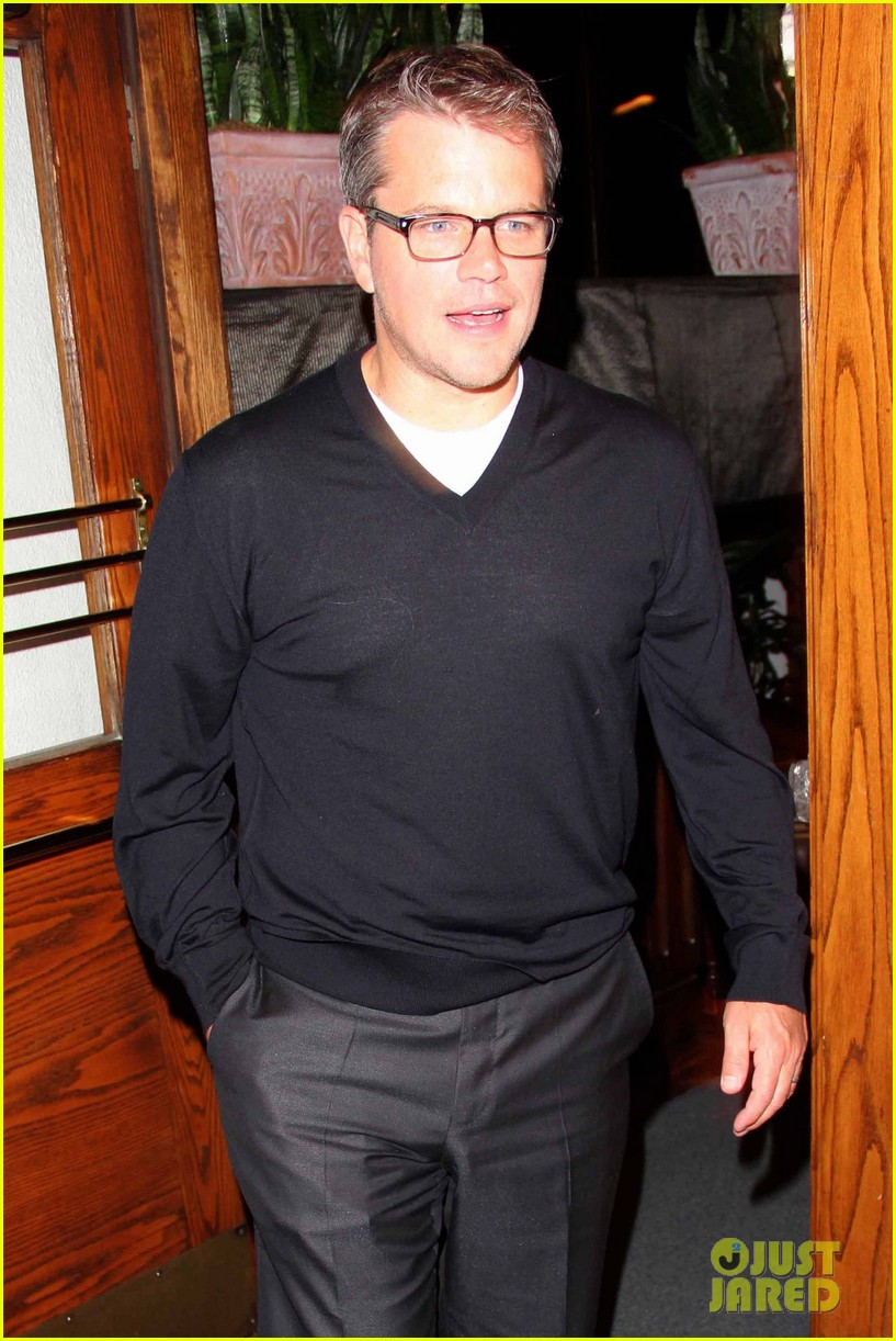 matt damon madeo dinner with wife luciana 05
