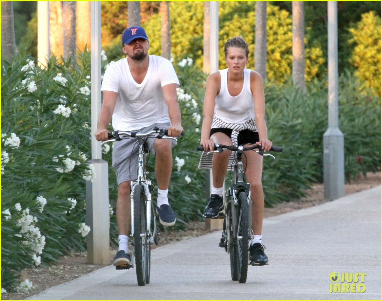 leonardo dicaprio toni garrn ride bikes together in spain 162930855