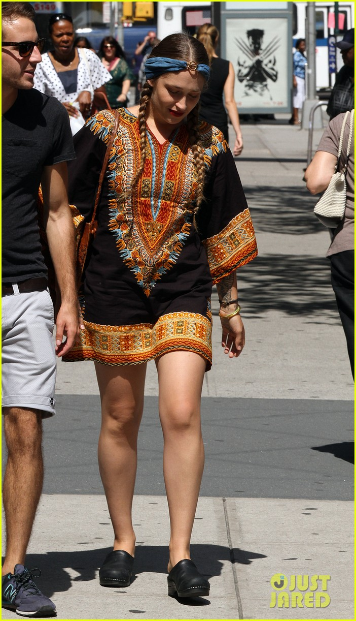 lena dunham allison williams film girls the big apple 052921481
