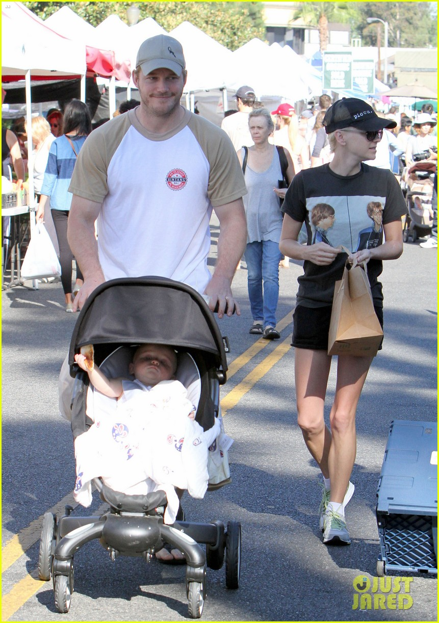 anna faris chris pratt celebrate son jack first birthday 122938428