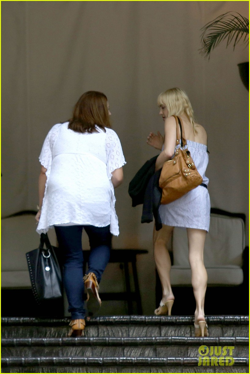 anna faris being a mom creates different priorities 13