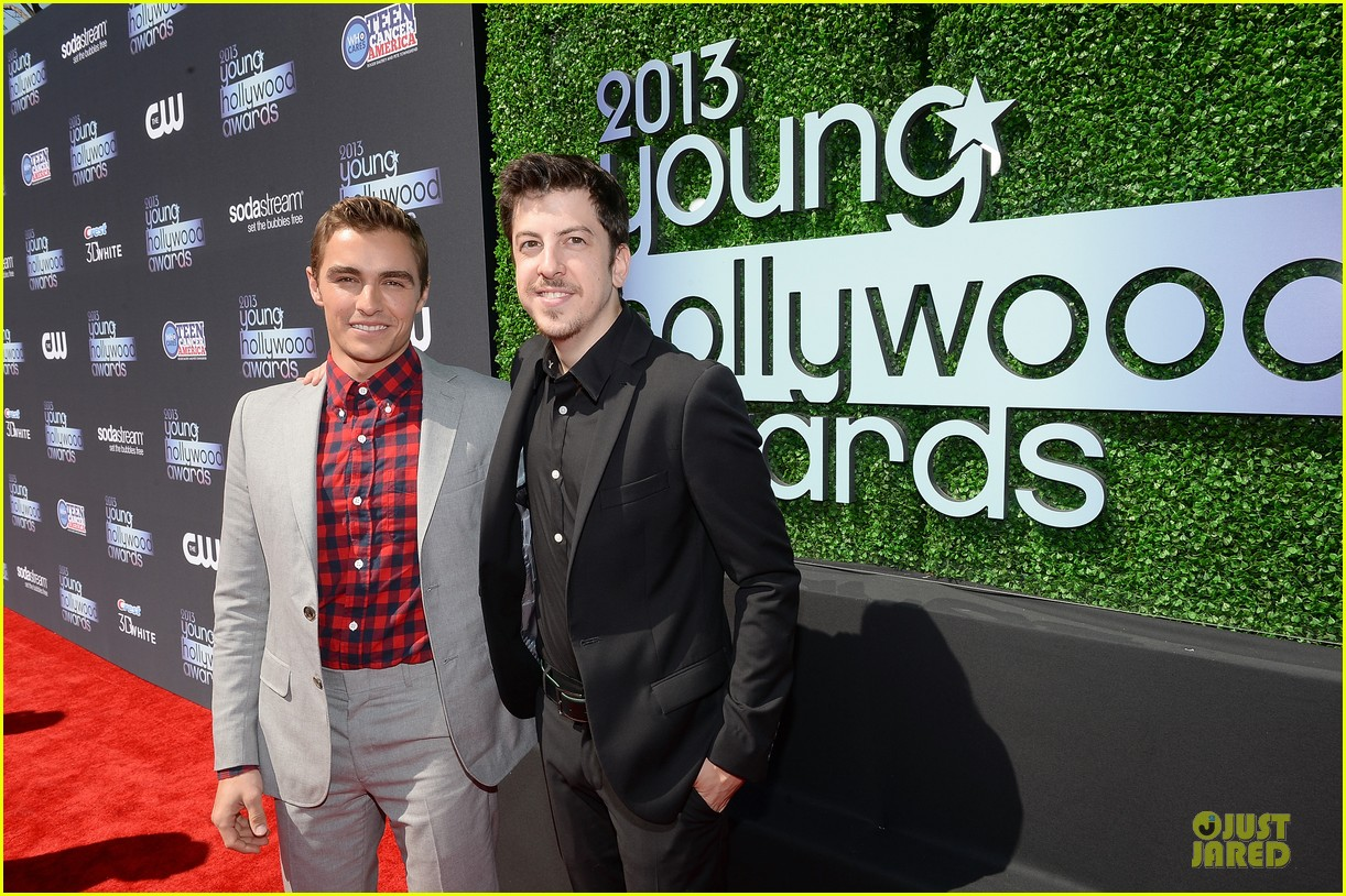dave franco honored by christopher mintz plasse at young hollywood awards 082921789