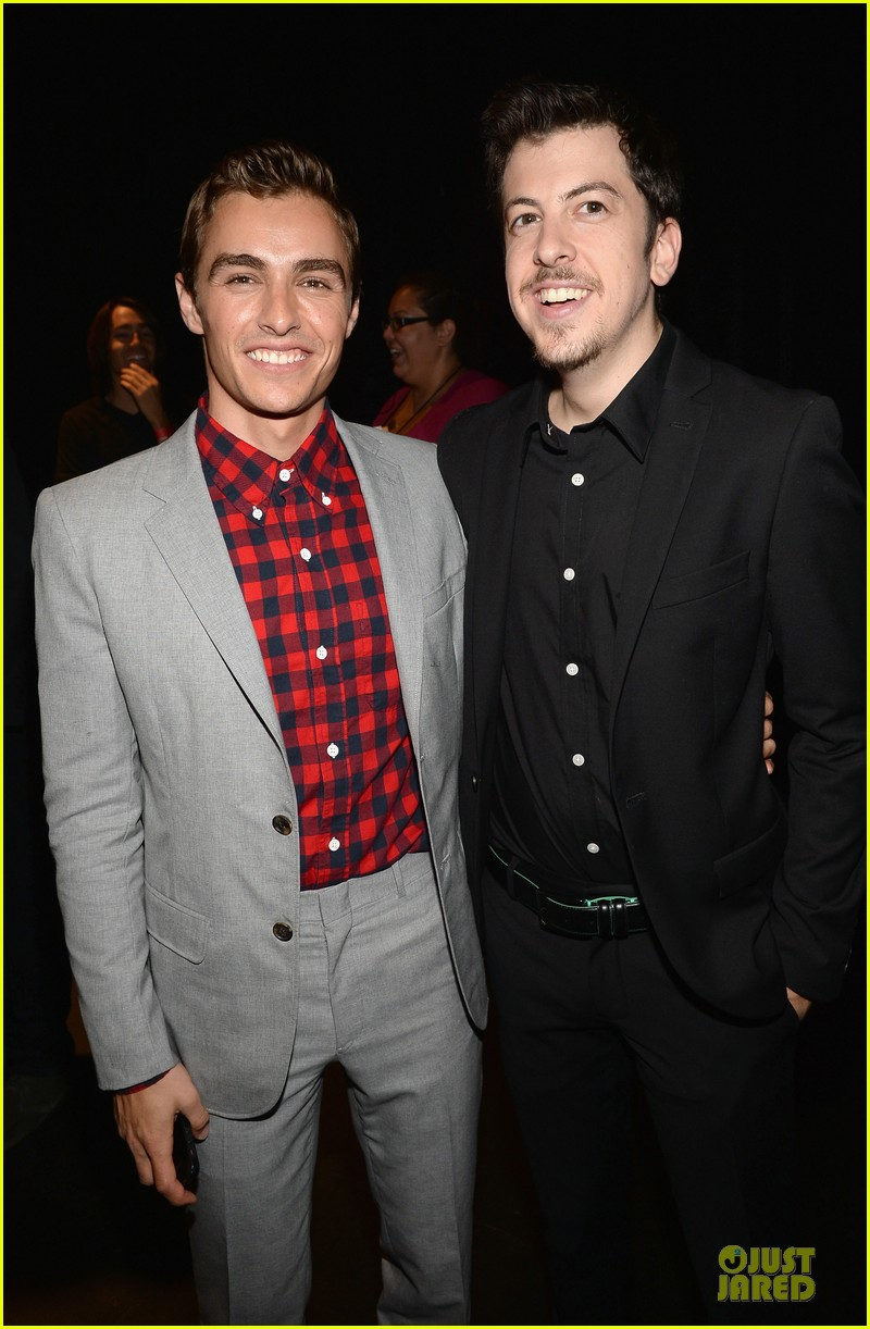 dave franco honored by christopher mintz plasse at young hollywood awards 15