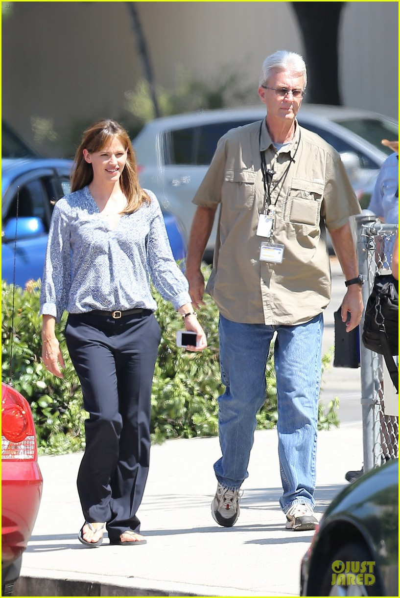 jennifer garner alexander set with steve carell 01