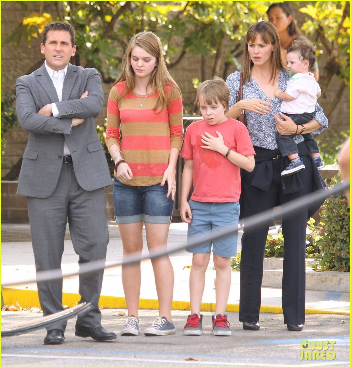 Full Sized Photo Of Jennifer Garner Steve Carell Family Freakout For Alexander 24 Photo 2938762 Just Jared She's so obsessed, in fact, that one of the stunning tracks on her debut album, my strange addiction. 2