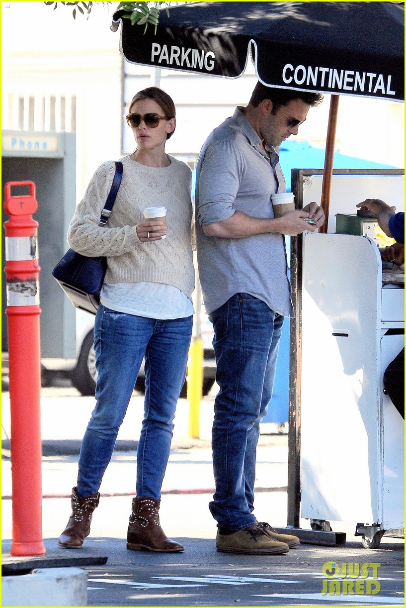 jennifer garner ben affleck share romantic weekend lunch 232932310