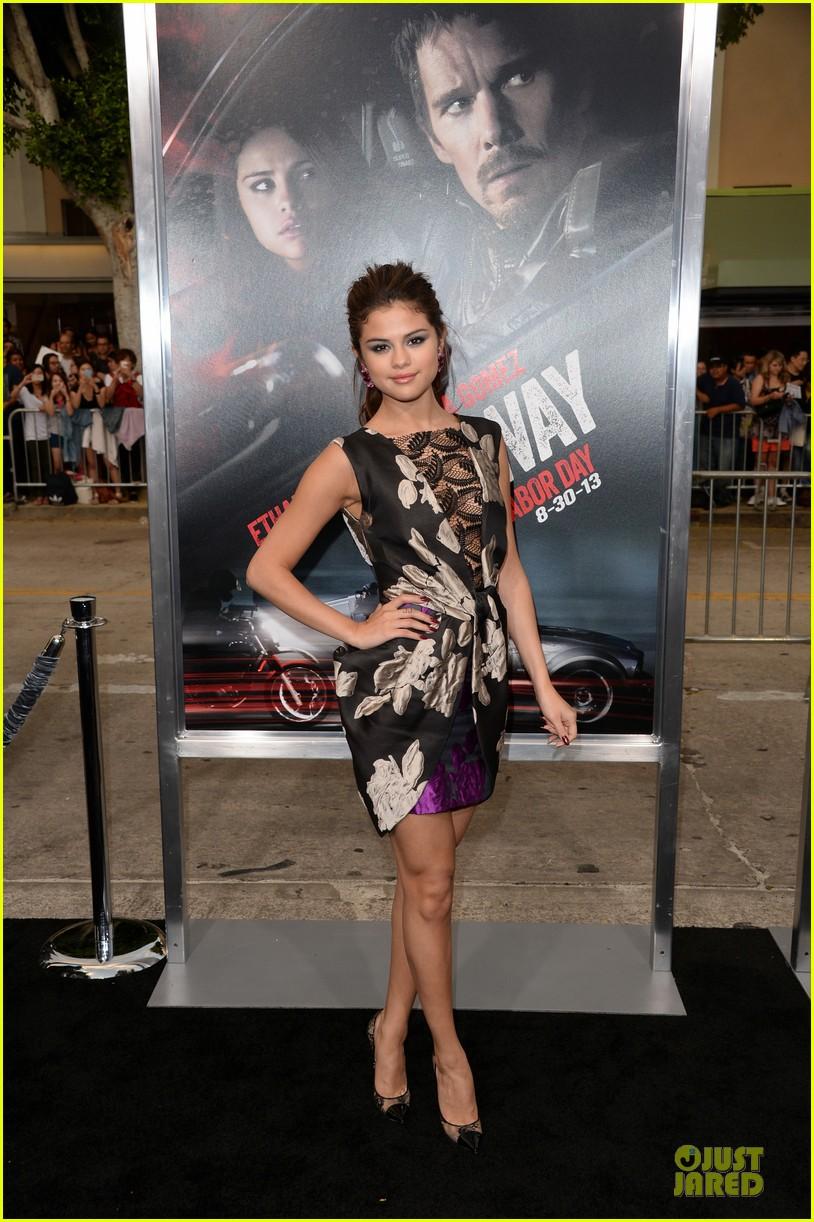Ethan Hawke Selena Gomez Film Selena Gomez Ethan Hawke