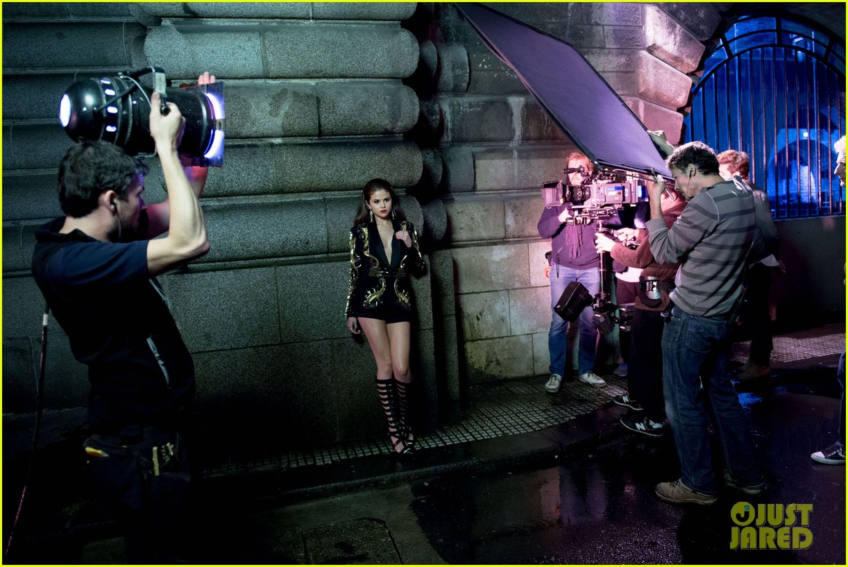selena gomez slow down music video pics 31