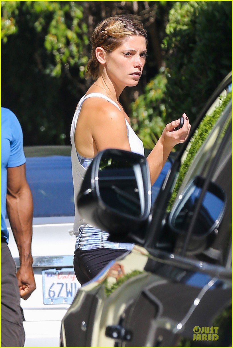 ashley greene works out twice in one day 16