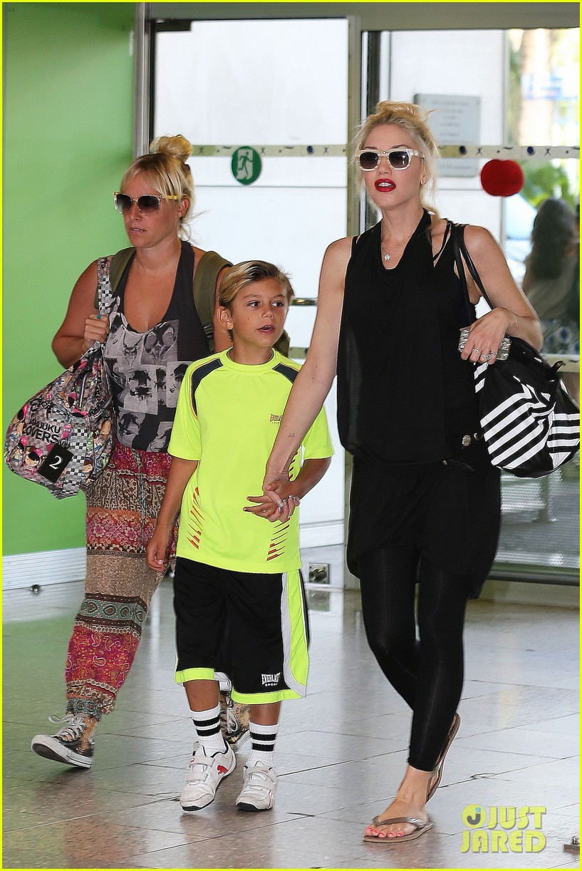 gwen stefani gavin rossdale back after paris vacation 13